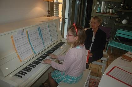 interprétation très réussie de la partition d'Adèle au piano