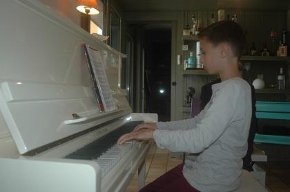 élève avancé au piano audition 2016